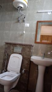 Bathroom Image of Vd Homes in Sushant Lok I