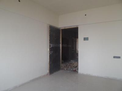Gallery Cover Image of 650 Sq.ft 1 BHK Apartment for buy in Dahisar East for 8000000