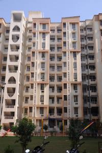 Gallery Cover Image of 1000 Sq.ft 2 BHK Apartment for buy in Mundana Meo for 1550000