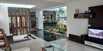 Gallery Cover Image of 6500 Sq.ft 5 BHK Independent House for buy in Thanisandra for 60000000