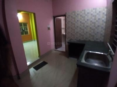Gallery Cover Image of 550 Sq.ft 1 BHK Independent House for rent in Keshtopur for 5500