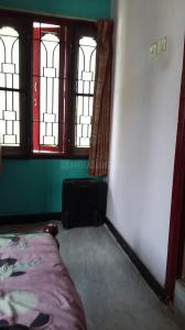 Gallery Cover Image of 800 Sq.ft 2 BHK Independent Floor for rent in Nandambakkam for 12000