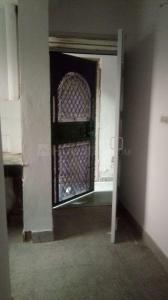 Gallery Cover Image of 600 Sq.ft 1 BHK Independent Floor for buy in DDA E2 Vasant Kunj, Vasant Kunj for 5400000