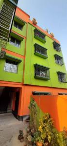 Gallery Cover Image of 600 Sq.ft 2 BHK Apartment for buy in Barisha for 2600000