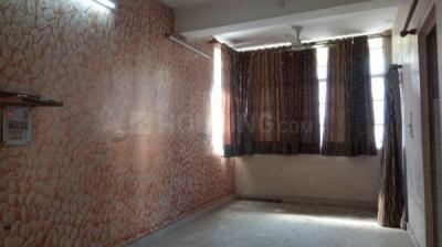 Gallery Cover Image of 600 Sq.ft 2 BHK Apartment for buy in PD Block Dda Flat, Pitampura for 6000000