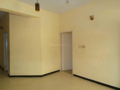 Gallery Cover Image of 800 Sq.ft 2 BHK Apartment for buy in Arumbakkam for 6500000
