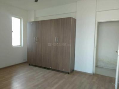 Gallery Cover Image of 1660 Sq.ft 2 BHK Apartment for rent in Sector 81 for 15000