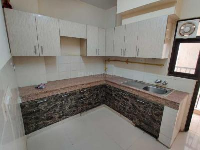 Gallery Cover Image of 1968 Sq.ft 4 BHK Apartment for rent in Logix Blossom County, Sector 137 for 23200