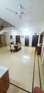 Gallery Cover Image of 540 Sq.ft 5 BHK Independent House for buy in Sector 15 for 70000000