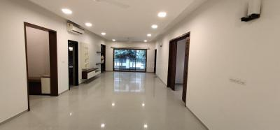 Gallery Cover Image of 3200 Sq.ft 4 BHK Apartment for rent in Sobha Grandeur, S.G. Palya for 175000