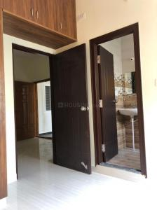 Gallery Cover Image of 800 Sq.ft 2 BHK Apartment for rent in Indira Nagar for 16000