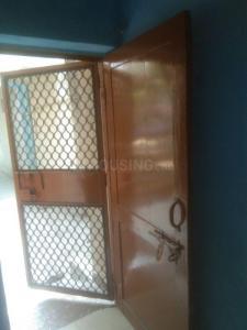 Gallery Cover Image of 250 Sq.ft 1 BHK Apartment for rent in DDA Janta Flat Mayur Vihar 3, Kondli for 7000