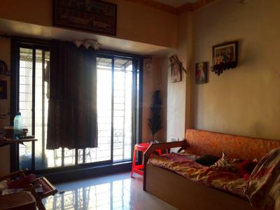 Gallery Cover Image of 325 Sq.ft 1 BHK Apartment for buy in Kandivali East for 6200000