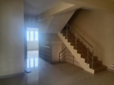 Gallery Cover Image of 4200 Sq.ft 6 BHK Independent House for buy in Velachery for 28500000