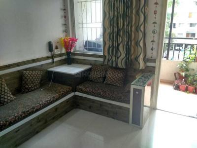 Gallery Cover Image of 850 Sq.ft 2 BHK Apartment for rent in  Nirmal Township, Vadgaon Budruk for 20000