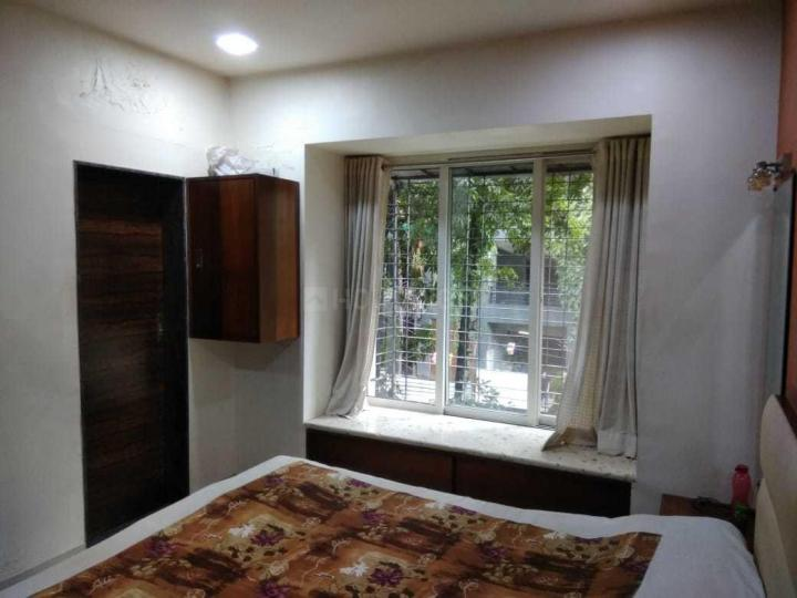 Bedroom Image of 800 Sq.ft 2 BHK Apartment for rent in Santacruz West for 90000