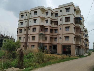 Gallery Cover Image of 898 Sq.ft 3 BHK Apartment for rent in Barasat for 9000
