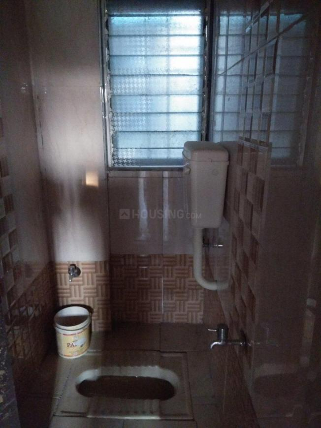 Bathroom Image of 1000 Sq.ft 1 BHK Independent House for rent in Wagholi for 9000