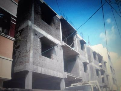 Gallery Cover Image of 880 Sq.ft 2 BHK Apartment for buy in Manapakkam for 5300000