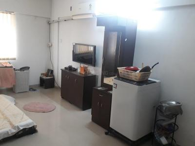 Gallery Cover Image of 350 Sq.ft 1 RK Apartment for rent in Baner for 18000