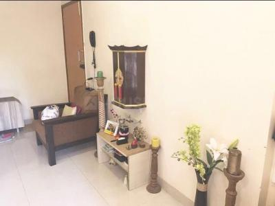 Gallery Cover Image of 900 Sq.ft 2 BHK Apartment for rent in Juhu for 375000