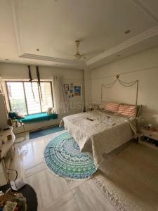 Gallery Cover Image of 1250 Sq.ft 2 BHK Apartment for rent in Rahul Mittal Park, Juhu for 126000