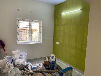 Gallery Cover Image of 834 Sq.ft 2 BHK Apartment for buy in Medavakkam for 4500000
