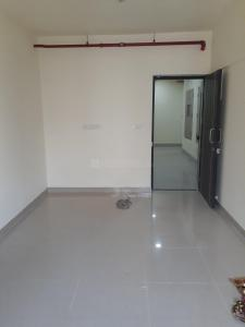 Gallery Cover Image of 990 Sq.ft 2 BHK Apartment for rent in Kandivali East for 25500