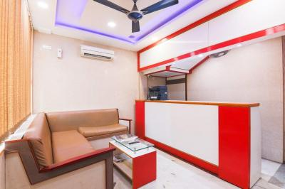 Living Room Image of Oyo Life Chn1270 Nandanam in CIT Nagar