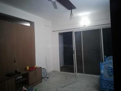 Gallery Cover Image of 1200 Sq.ft 2 BHK Apartment for rent in Singasandra for 22000