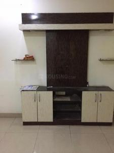 Gallery Cover Image of 1350 Sq.ft 3 BHK Apartment for rent in  Gaur City 4th Avenue, Noida Extension for 16000