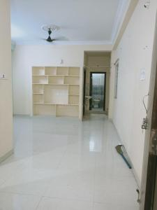 Gallery Cover Image of 800 Sq.ft 1 BHK Apartment for rent in Vamsiram Jyothi Botanica, Kondapur for 11000
