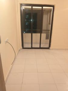 Gallery Cover Image of 1080 Sq.ft 3 BHK Apartment for rent in Siddha Town, Rajarhat for 13000