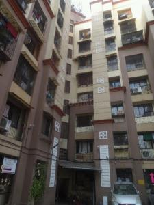 Gallery Cover Image of 580 Sq.ft 1 BHK Apartment for rent in Kalpavriksha Garden CHS, Thane West for 15000