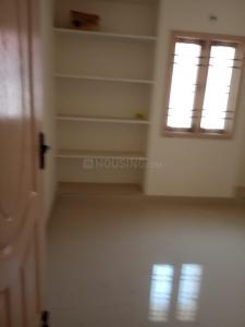 Gallery Cover Image of 850 Sq.ft 2 BHK Apartment for rent in Chromepet for 10000