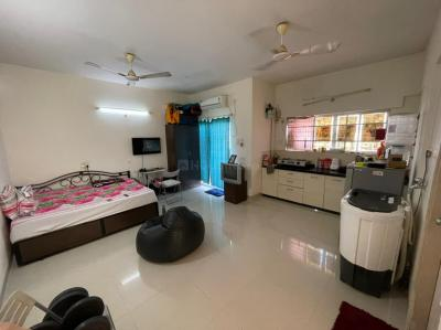 Gallery Cover Image of 460 Sq.ft 1 RK Apartment for rent in Amanora Future Towers, Hadapsar for 12500