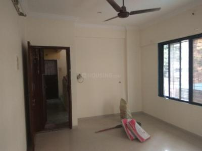 Gallery Cover Image of 800 Sq.ft 2 BHK Apartment for rent in Ghatkopar East for 28000