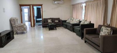 Gallery Cover Image of 2400 Sq.ft 4 BHK Apartment for rent in Vile Parle East for 120000