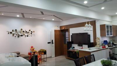 Gallery Cover Image of 1700 Sq.ft 3 BHK Apartment for buy in Safal HN Safal Parivesh, Prahlad Nagar for 13500000