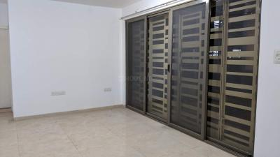Gallery Cover Image of 1750 Sq.ft 3 BHK Apartment for rent in Baner for 30000