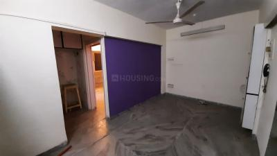 Gallery Cover Image of 790 Sq.ft 2 BHK Apartment for buy in Andheri West for 23500000