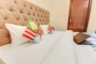 ग्रेटर कैलाश में एशु पीजी में बेडरूम की तस्वीर
