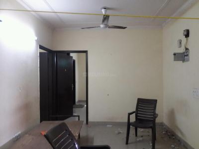 Gallery Cover Image of 750 Sq.ft 2 BHK Apartment for rent in Saket for 35000
