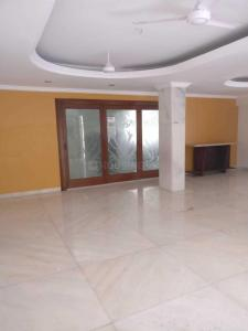 Gallery Cover Image of 5000 Sq.ft 5 BHK Independent House for rent in Juhu for 450000