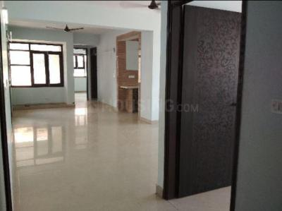 Gallery Cover Image of 2000 Sq.ft 3 BHK Apartment for rent in Delhi State NEF CGHS, Sector 19 Dwarka for 42000