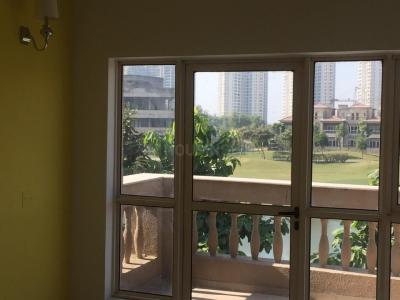 Gallery Cover Image of 5400 Sq.ft 5 BHK Villa for buy in Jaypee Greens Kallisto Townhomes, Sector 128 for 60000000