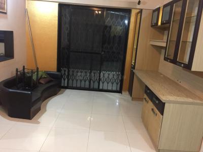 Gallery Cover Image of 1500 Sq.ft 3 BHK Apartment for rent in Magarpatta City for 40000