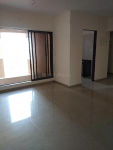 Gallery Cover Image of 769 Sq.ft 2 BHK Apartment for rent in Kandivali West for 25000