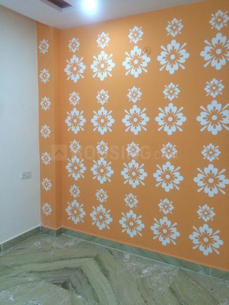 Bedroom Image of 450 Sq.ft 1 BHK Independent House for buy in Uttam Nagar for 6000000