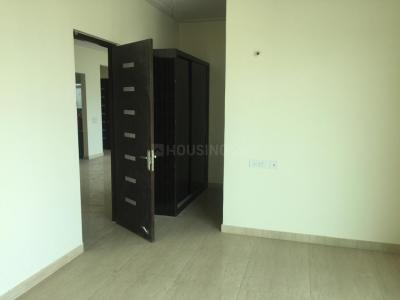 Gallery Cover Image of 1640 Sq.ft 3 BHK Apartment for rent in Noida Extension for 14000